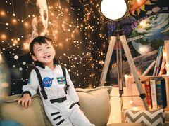 粒粒萌国际婴童摄影