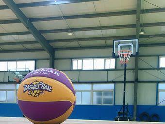 初心篮球训练营