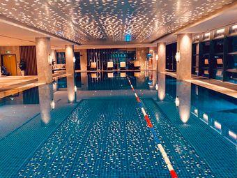 璞悦天府酒店游泳健身中心
