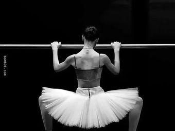 雨芭蕾舞蹈工作室