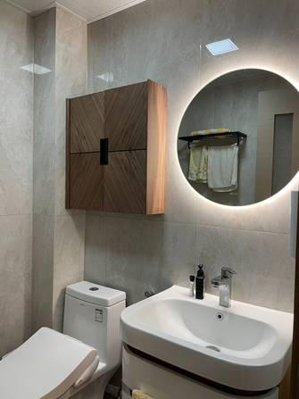 10-15万70平米一室两厅轻奢风格卫生间装修效果图
