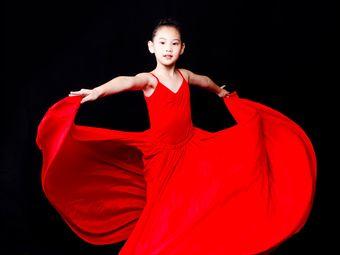 澜格艺术少儿中国舞