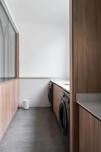 富裕型140平米三室两厅日式风格卫生间装修案例