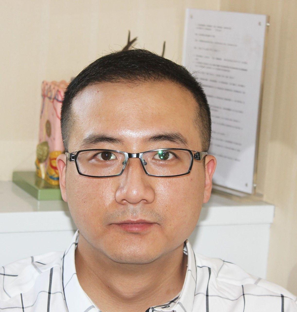 头顶种植 项目分类:植发养发 头部养护 毛囊检测