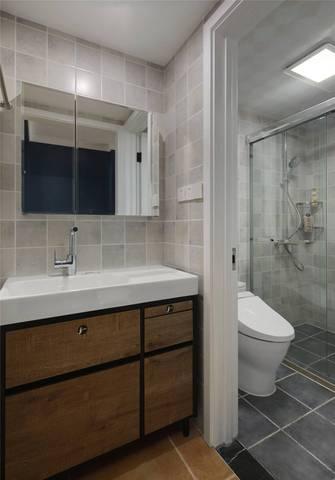 10-15万80平米现代简约风格卫生间装修案例