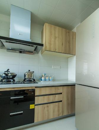10-15万100平米三室两厅日式风格厨房图