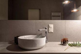 富裕型100平米三室两厅现代简约风格卫生间效果图