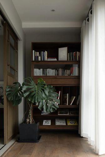 3万以下110平米三室一厅现代简约风格储藏室图片