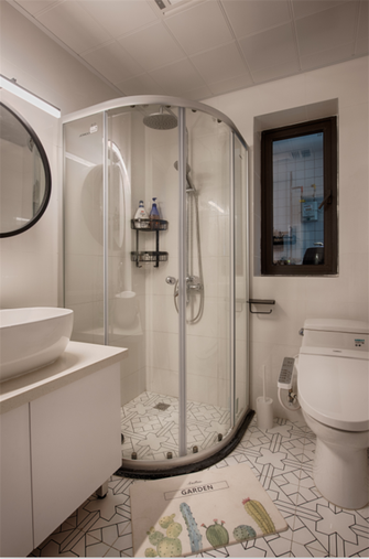 富裕型70平米三室两厅北欧风格卫生间欣赏图