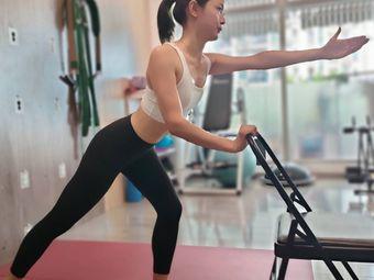 时光清莲国际瑜伽学院
