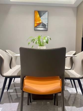 经济型110平米三室三厅轻奢风格餐厅图片