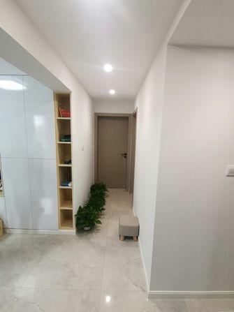 70平米三现代简约风格走廊装修案例
