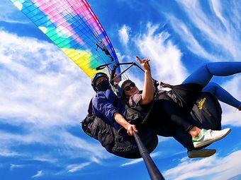 安吉滑翔伞铜锣山飞行营地