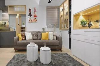 富裕型欧式风格客厅装修效果图