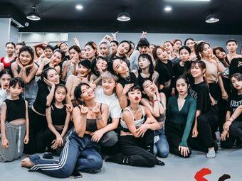 S·s街舞工作室(欧洲城店)