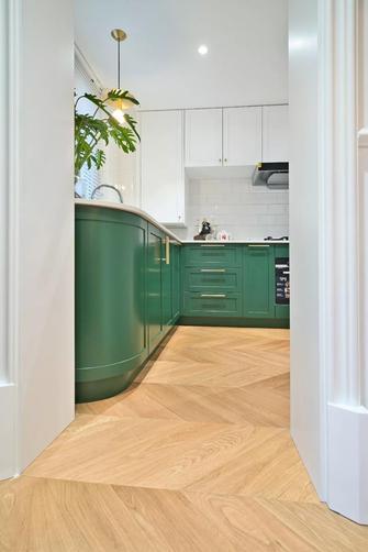 法式风格厨房装修案例