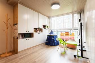 3万以下130平米四室两厅北欧风格走廊设计图