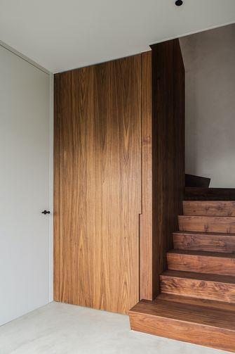 10-15万120平米三室一厅现代简约风格楼梯间效果图