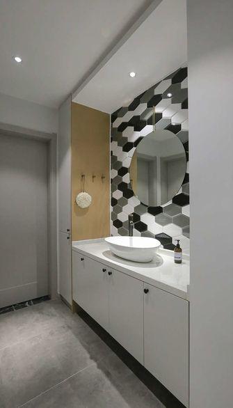 10-15万140平米四室一厅北欧风格卫生间装修图片大全