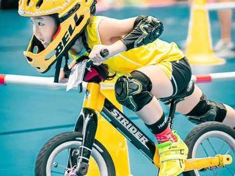 徐州未来321平衡车滑步车少儿体能运动馆