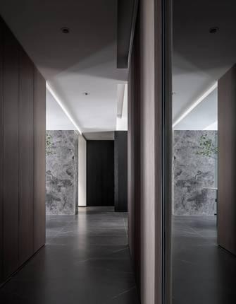 经济型120平米三室一厅现代简约风格走廊效果图
