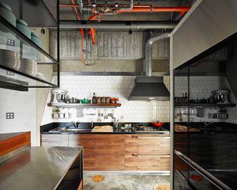 120平米三室两厅工业风风格厨房图片