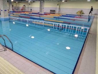 勇为游泳馆