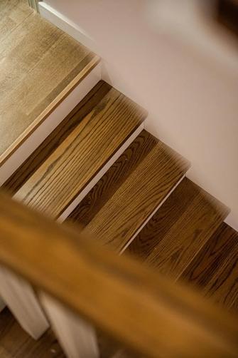 豪华型140平米三室两厅美式风格楼梯间装修效果图