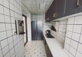 90平米三室两厅轻奢风格厨房装修效果图