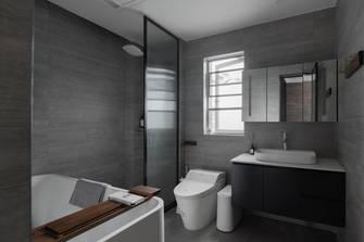 经济型130平米三室三厅现代简约风格卫生间图