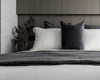100平米三欧式风格卧室设计图