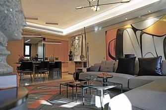 富裕型140平米三室一厅轻奢风格客厅设计图