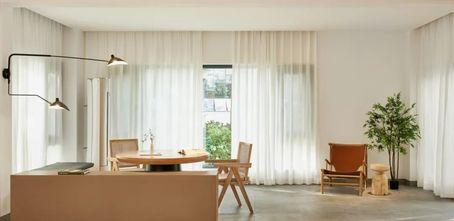 140平米四室一厅现代简约风格客厅装修案例