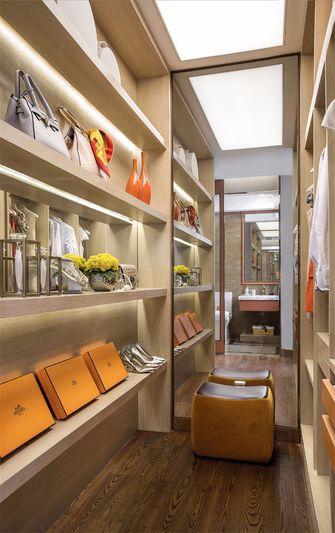 120平米四室两厅轻奢风格衣帽间图片
