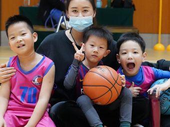 新锐体育篮球培训(度假村校区)