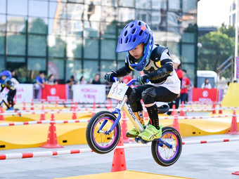 跃童平衡车运动成长中心(Rmall店)