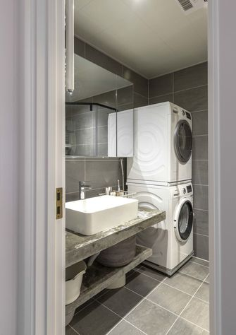 80平米现代简约风格卫生间设计图