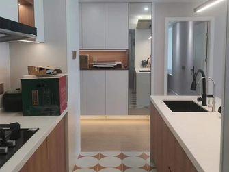 10-15万100平米三现代简约风格厨房装修效果图