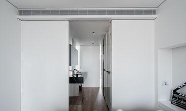 5-10万130平米三室两厅工业风风格衣帽间图