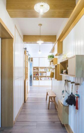 5-10万120平米三室两厅日式风格玄关装修效果图