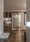 100平米三室一厅现代简约风格走廊图
