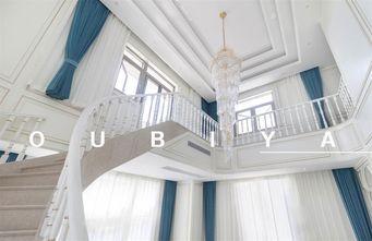 豪华型140平米别墅欧式风格楼梯间图片