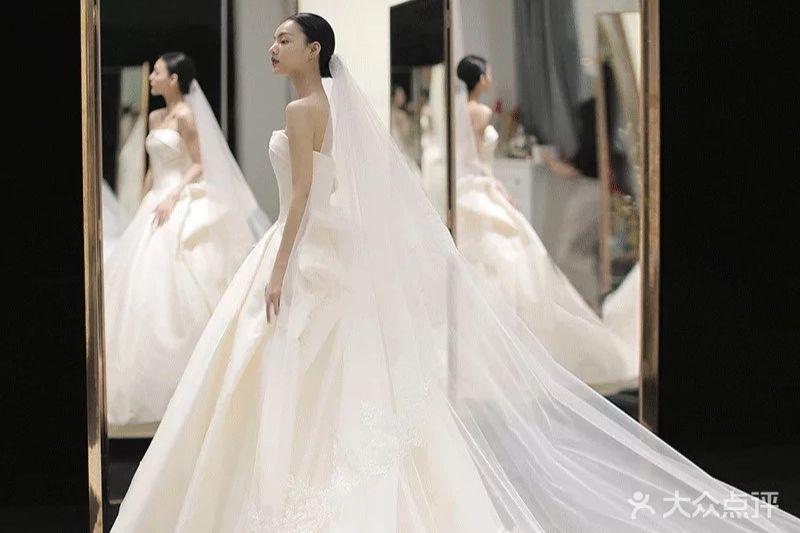 芮瑜高端婚纱·造型馆的图片