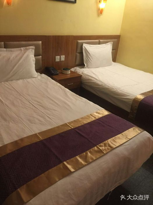 胡杨林酒店地址,电话,价格,预定 乌鲁木齐酒店