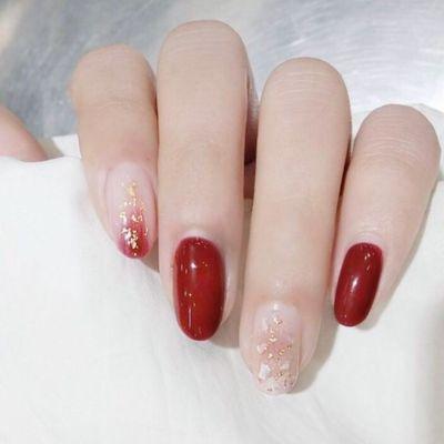 魅惑红美甲款式图