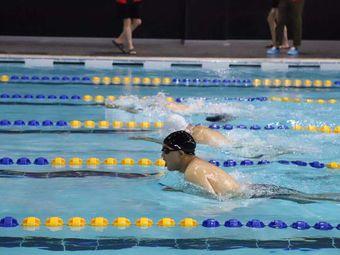奥尚·汐健身游泳中心