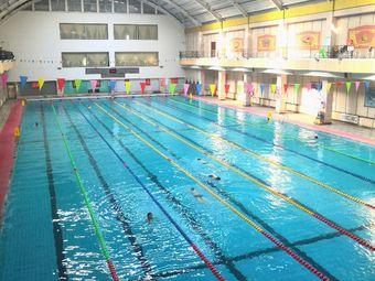 雙發游泳中心