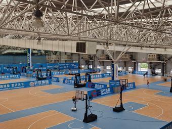 昆山开发区篮球馆