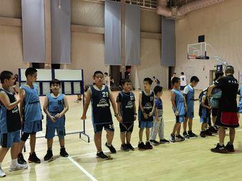 训坚体育篮球·网球培训
