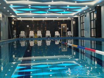 宝力莱游泳健身俱乐部